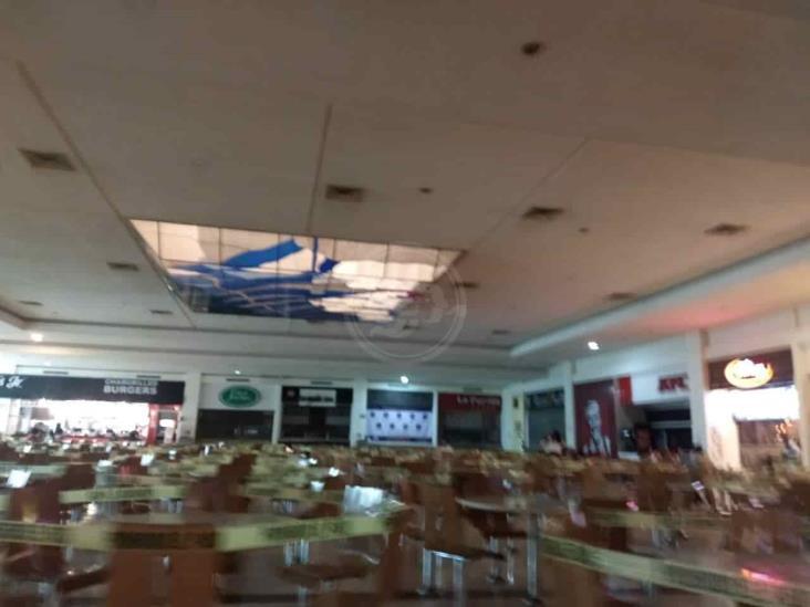 Pandemia deja cierre de negocios en Plaza Américas en Xalapa