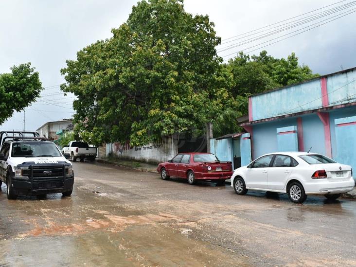 Aseguran coche robado en barrio Zapotal de Acayucan