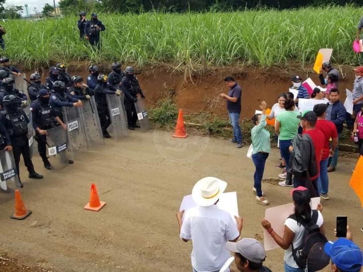 Trasladan a penal de Sonora a líder cañero acusado de desaparición