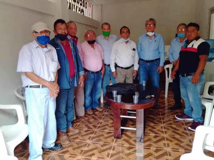 Obreros tienen esperanza en la reactivación económica tras visita de AMLO