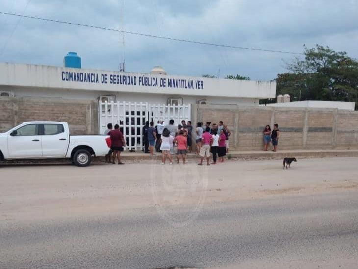 Balazos en cuartel atemorizan a colonos en Minatitlán