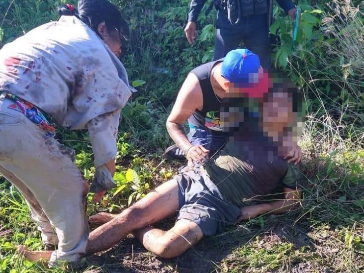 Lo ejecutan mientras convivía con su familia en Minatitlán