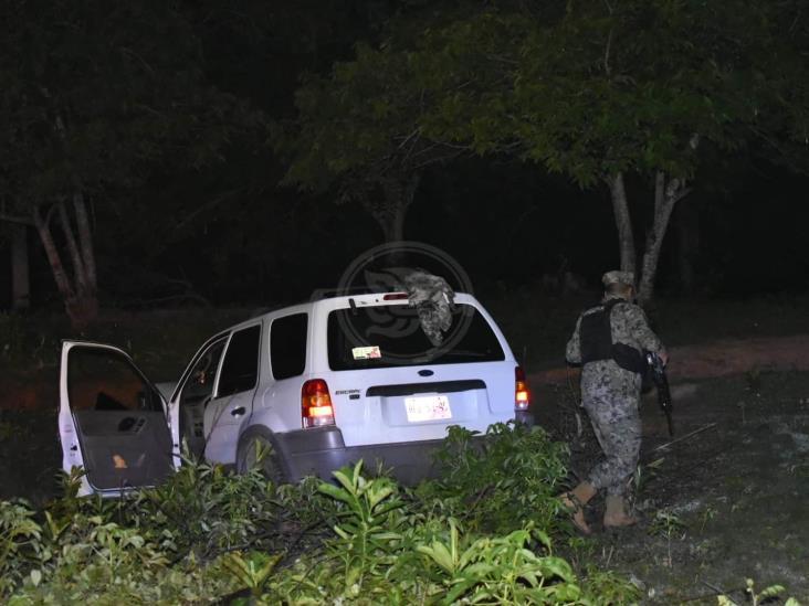 Oficial de la Naval evade retén de la Marina en Acayucan y se accidenta