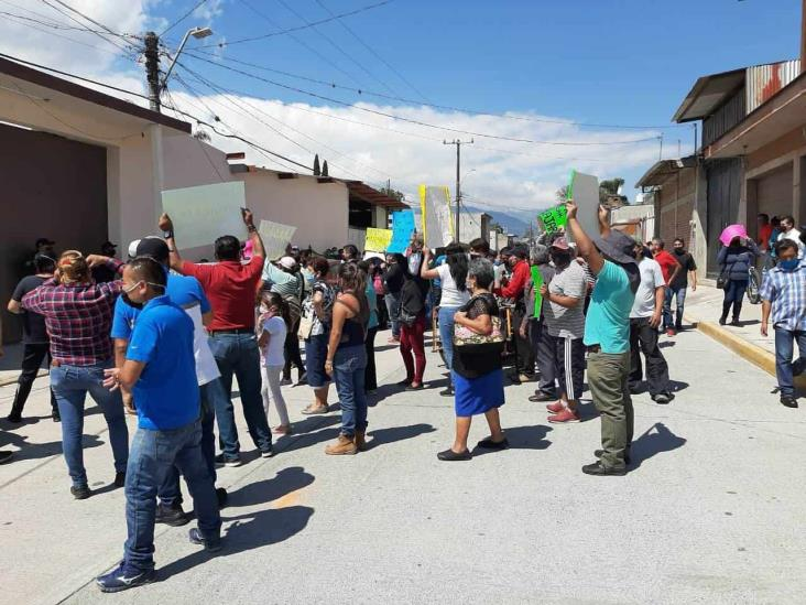 Protestan tianguistas en Mendoza; exigen volver a trabajar