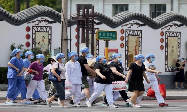 """China advierte situación """"extremadamente grave"""" en Pekín por Covid-19"""