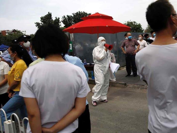 Pekín vuelve a encerrarse y la actividad se paraliza