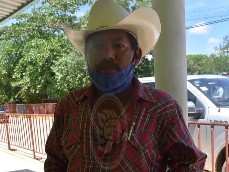 Intransitable camino afecta a 100 productores de San Juan