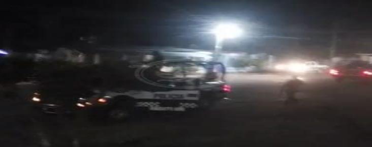 Se debate entre la vida y la muerte hombre atacado por sicarios en Amatlán