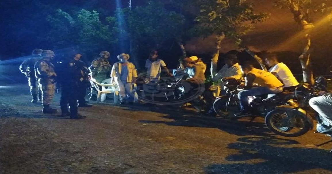 Conflicto en poblado de Minatitlán por reapertura de accesos