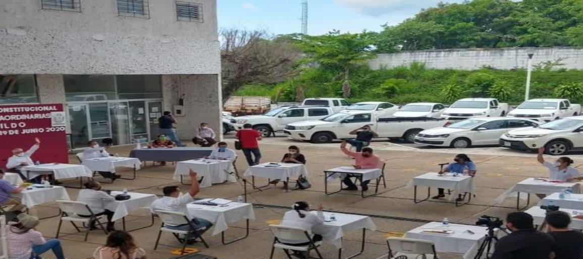 Finanzas sanas mantiene Gobierno de Minatitlán; aprueba cabildo estados financieros