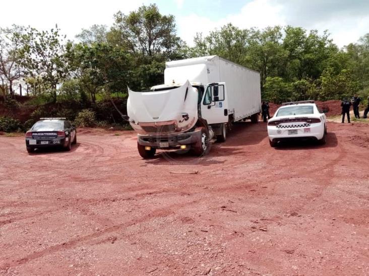 Recupera GN camión robado con violencia en Sayula de Alemán