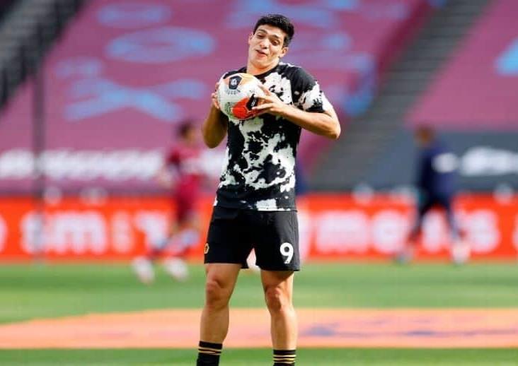 Juventus dispuesta a ofrecer dos jugadores por Raúl Jiménez