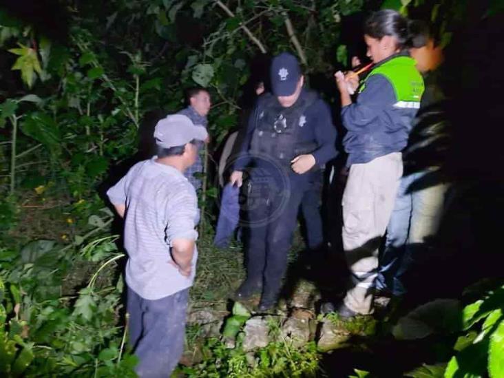 Sujetos con vestimenta militar lo ejecutan delante de su madre en Tehuipango