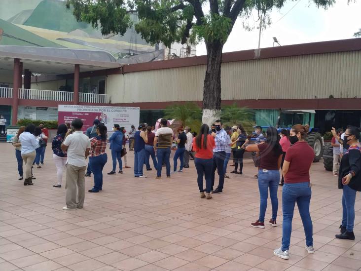 Evacúan Ayuntamiento de Poza Rica por sismo