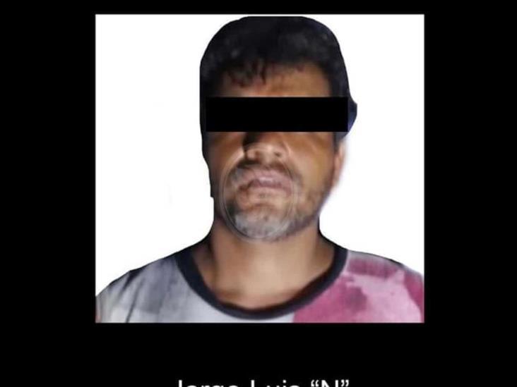 En el acto, cae presunto líder huachicolero de Texistepec