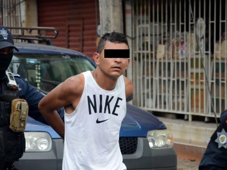 Detienen a dos presuntos ladrones en Veracruz