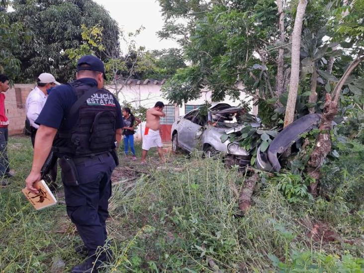 Familia sufre accidente en la Costera del Golfo de Acayucan