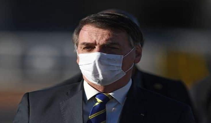 Bolsonaro dice que pudo haber tenido Covid-19 pese a pruebas negativas