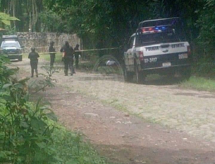 Sujetos armados asesinan a hombre en Coatepec