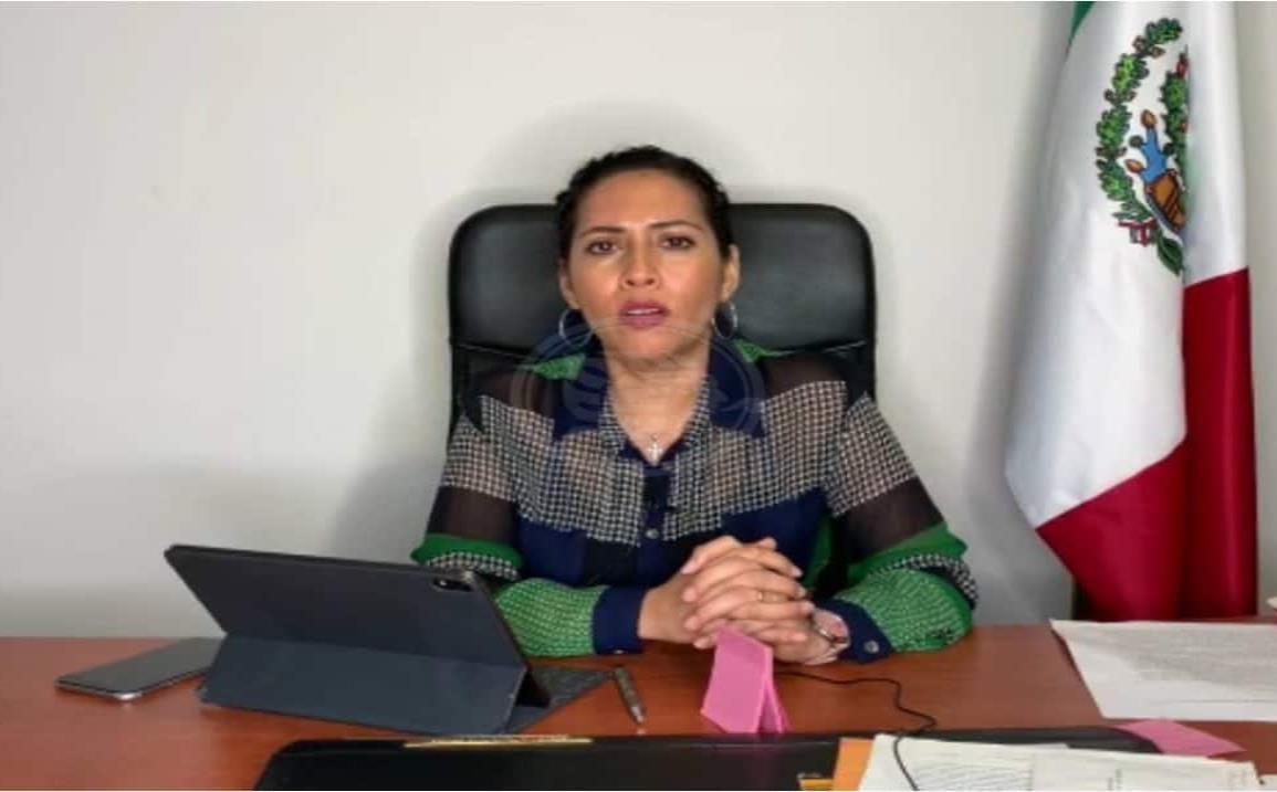 Profesionistas ocuparán cargos importantes, Tania Cruz promueve ley