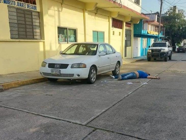 Lo ejecutan frente a comedor comunitario en Minatitlán