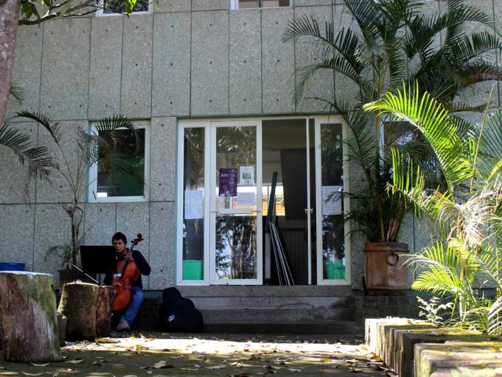 Se regularizarán terrenos de la UV, compromete Cuitláhuac