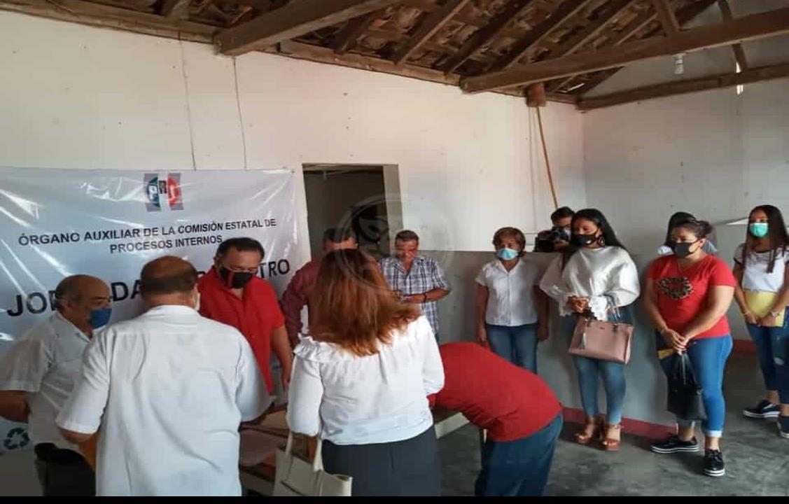 Planilla única registra PRI en municipios de Acayucan