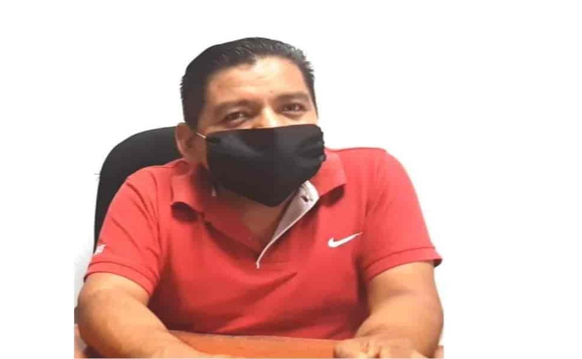 Por COVID-19 fallece Tirso Acahua, alcalde de Coetzala