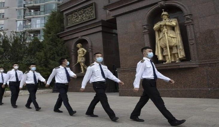 Autoriza China vacuna contra el Covid-19 para su ejército