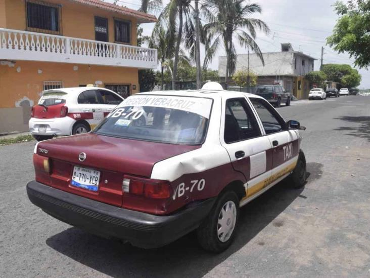 Se registra accidente en colonia de Veracruz; deja solo daños materiales