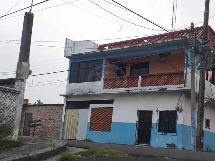 """Asaltan base de taxistas """"Radio Taxi Grupo Zuro"""" en Veracruz"""