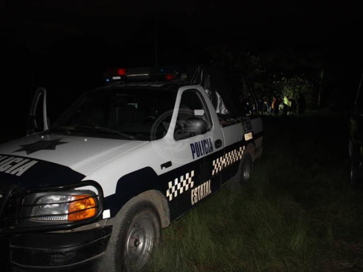 Tiran cuerpo de ejecutado en entrada de rancho en Agua Dulce