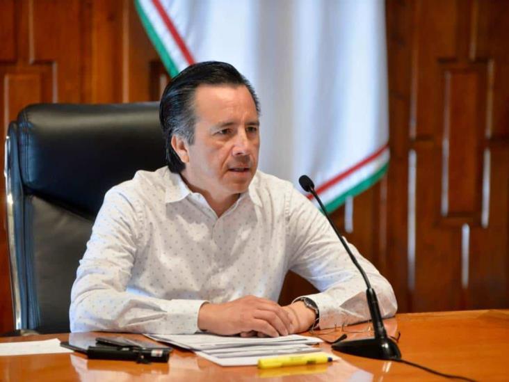 Créditos a la palabra a más de 110 mil micro empresas: Cuitláhuac