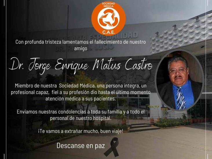Combatió pandemia y muere de COVID-19 Jorge Matus, médico del CAE en Xalapa