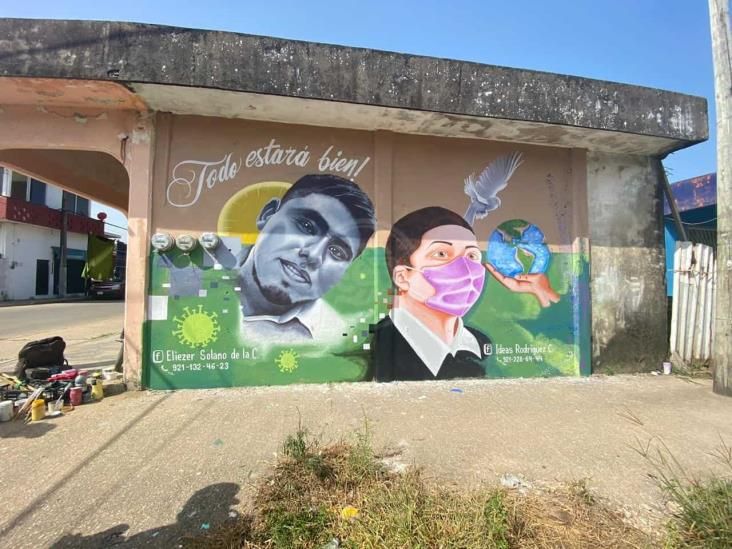 Artistas locales culminan mural en honor a fallecidos por Covid-19