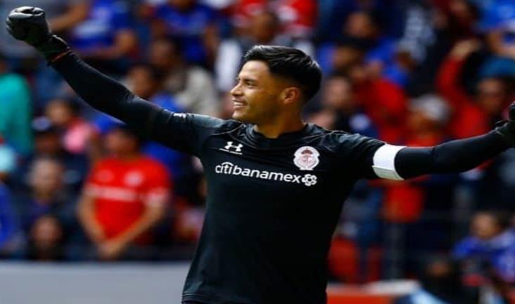 Alfredo Talavera es oficialmente el nuevo portero de Pumas
