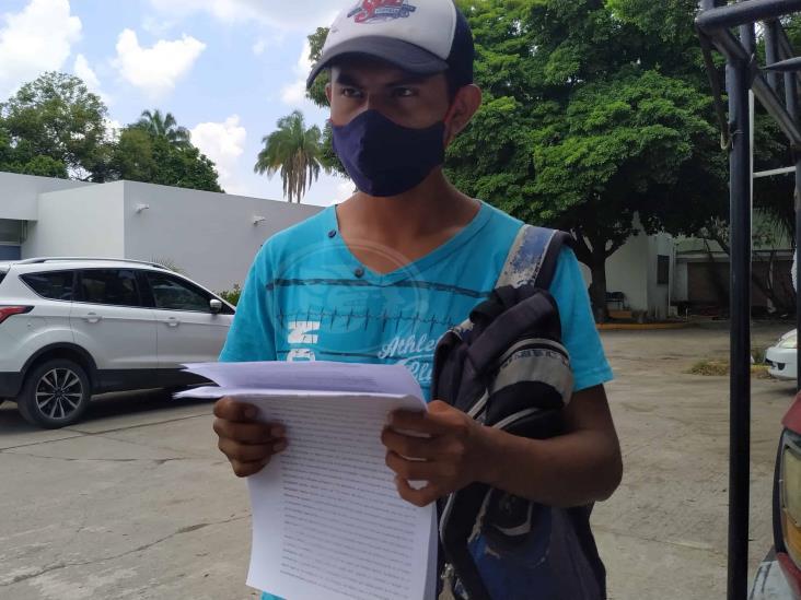 Policías de Veracruz golpean y amenazan a estudiante de la UV en Coatzintla