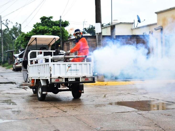 Realizan jornada de fumigación y descacharización  en Cosoleacaque