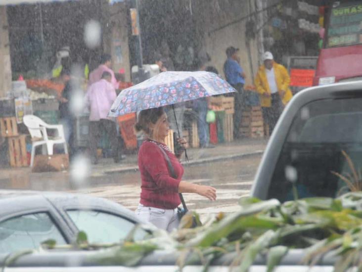 Onda tropical 12, ocasionará lluvias en las próximas horas
