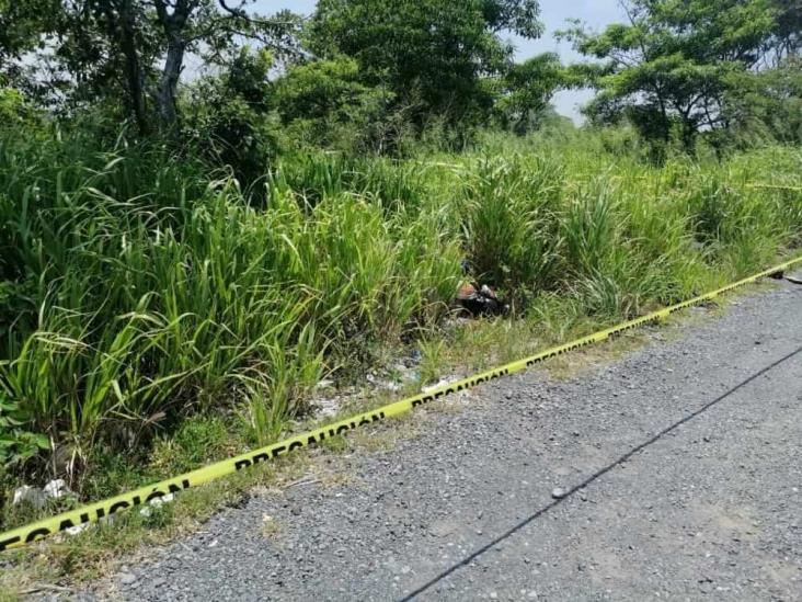 Encuentran cuerpo con signos de tortura a un costado de la carretera federal 180