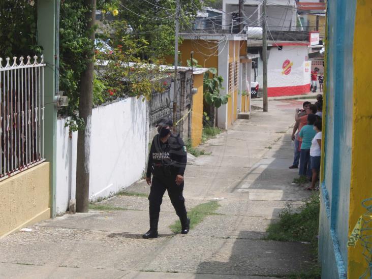 Presunto feminicidio en Agua Dulce; joven deja dos hijos