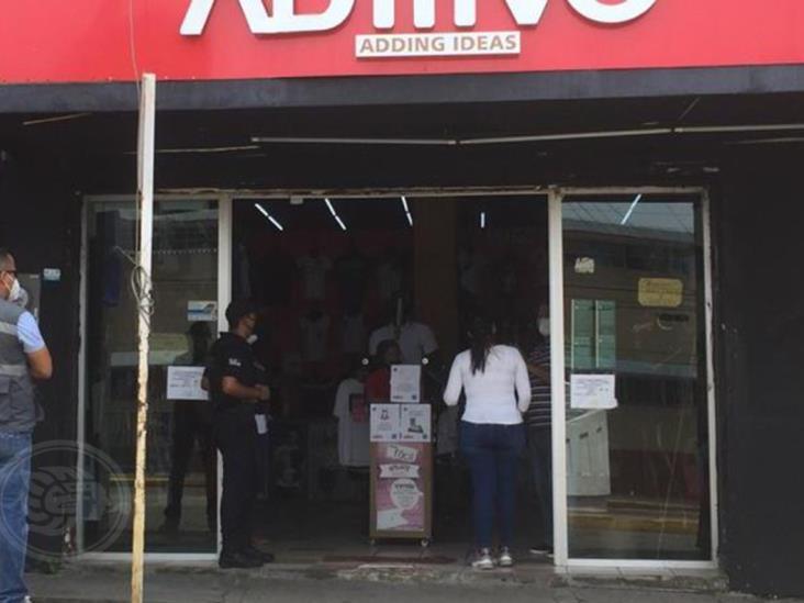 Cofepris frena reapertura de negocios en Minatitlán