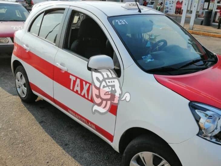 Taxista fue despojado de la unidad 231 en Cosoleacaque