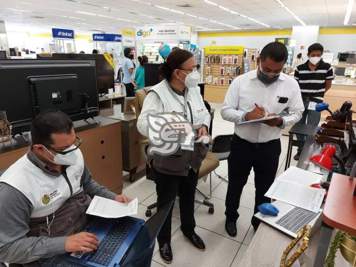 Cofepris levantó actas a tiendas departamentales de Minatitlán
