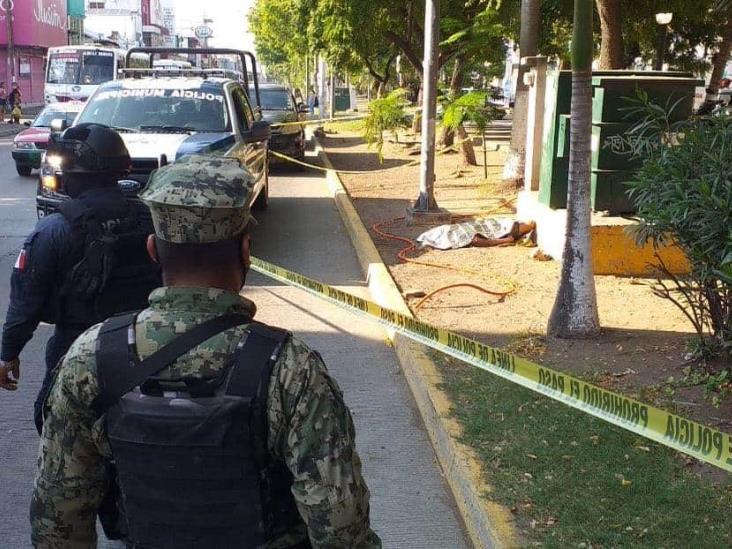 Hombre pierde la vida en céntricas calles del Puerto de Veracruz
