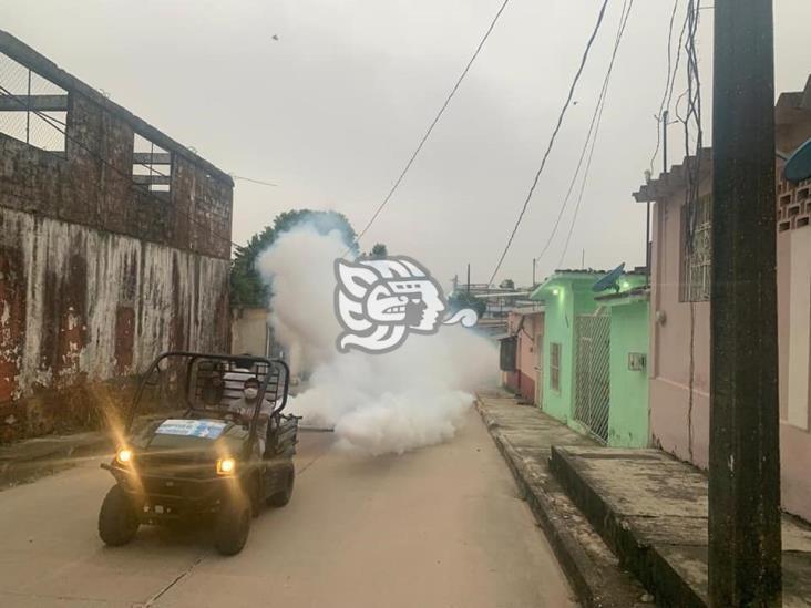 Arranca campaña de fumigación contra el dengue en Las Choapas