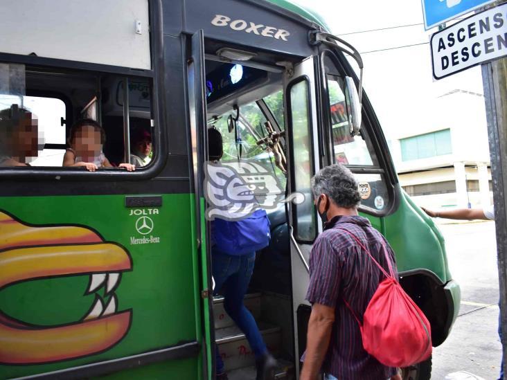 SSA exhorta el uso del cubrebocas en Transporte Público de Veracruz