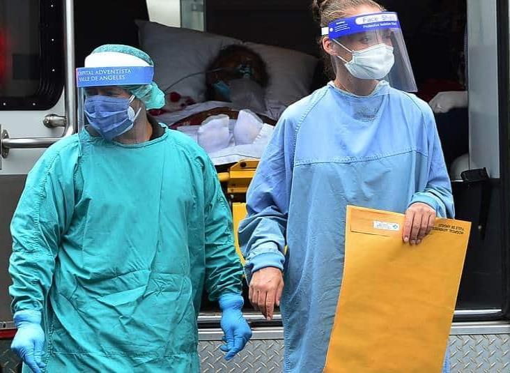 Llega a Honduras barco con hospitales móviles para atender pacientes con Covid-19