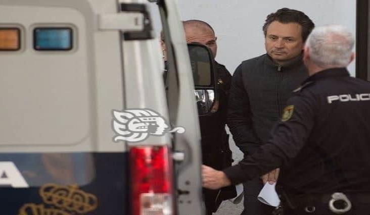 En manos de la Interpol, traslado de Emilio Lozoya a México