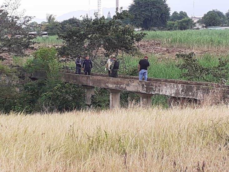 Hallan a hombre degollado en Cuichapa